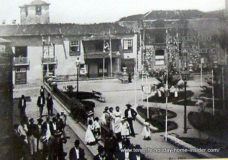 19-century-socializing of Puerto  Cruz on Plaza Iglesia