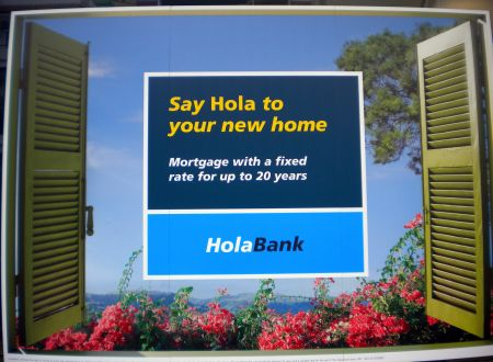 20 year mortgage offer with fixed rate  advertisement by the Tenerife Hola Bank