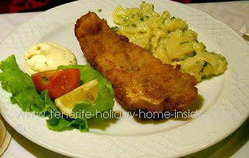 Alm Schnitzel with potato salad
