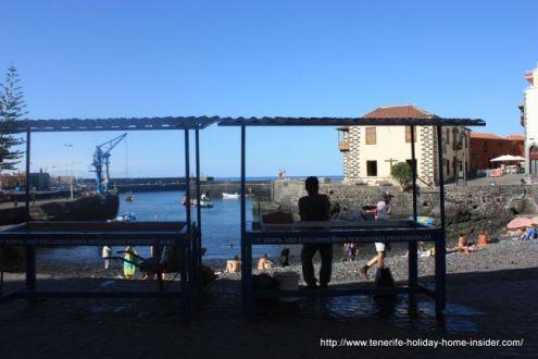 Cobble stone area for direct fish sale.