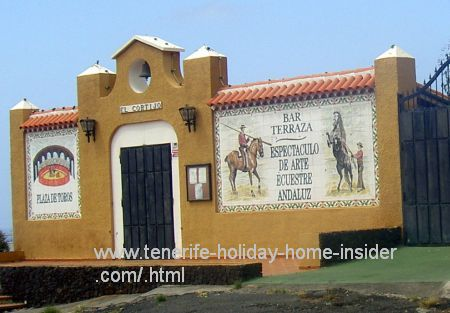 Arte equestre andaluz Andalusian equestrian art with Terrace Cafe.