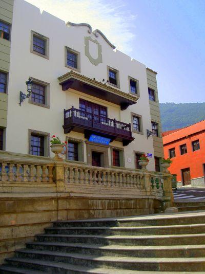 Ayuntamiento Town Hall for certain autonomy.