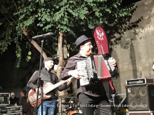 Band Alegranza Folk artist performers