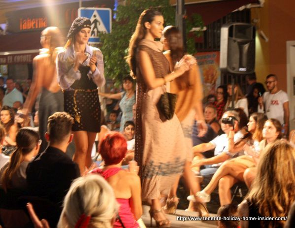 Beautiful dresses by Abissi fashion in Los Realejos Toscal Longuera show of 2017.
