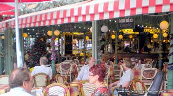 Berliner flair of Tenerife beach cafe
