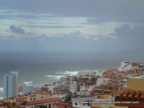 Big waves weather as seen from far on Punta Brava Puerto Cruz