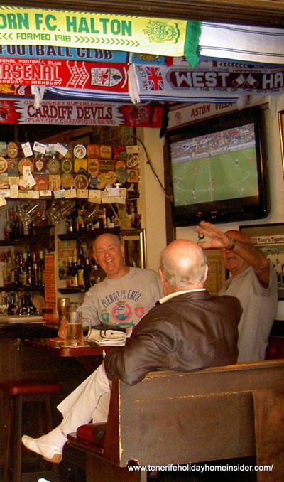 British expats in Tenerife Puerto Cruz sports pub