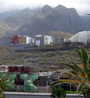 Building equipment by Playa Agua Dulce Tenerife