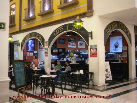 Cafe de Roma at La Villa Mall of Orotava
