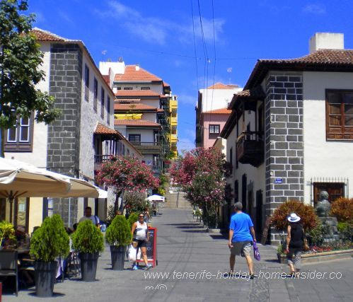Calle Iriarte with former Colejio de la Pureza on one side and Museo Iriarte on the other.