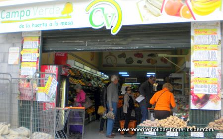 Campo Verde Supermarket for fresh produce