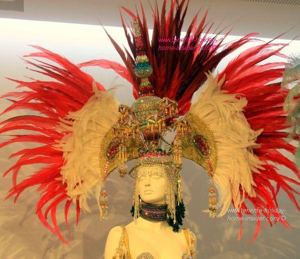 Carnaval hat of Tenerife 2004 for Queen Natalia Acosta by Juan Carlos Armas.