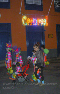 Carnival nightlife la Noria