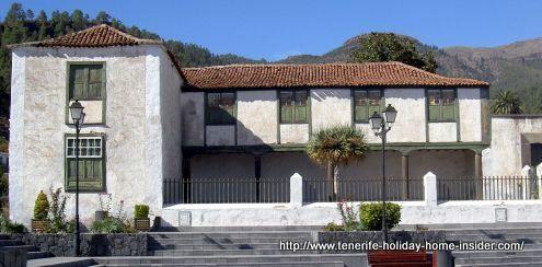 Casa de los Soler a haunted house from way back.