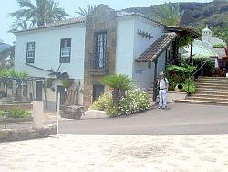 Casa del Rosio restaurant at Meson Monasterio before a shop was added on the ground floor.