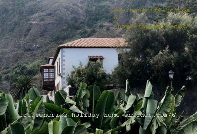 Casa Marqueses de Villafuerte in Garachico where the depicted Banana plantation belongs to a neighbor.