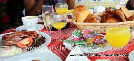 Champagne breakfast Meson Monasterio February 2015