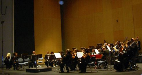 Classical music online with the Tenerife Symphony Orchestra of the capital.