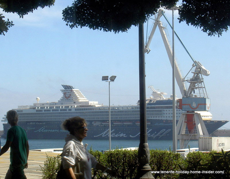 Cruise ship Main Schiff in Tenerife capital