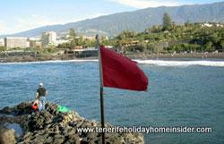 Danger flag opposite Restaurant Tambo Tenerife