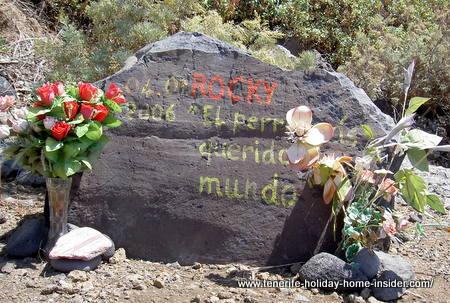 Dog grave of Rocky
