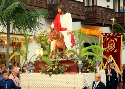 Domingo de Ramos in Puerto de la Cruz.