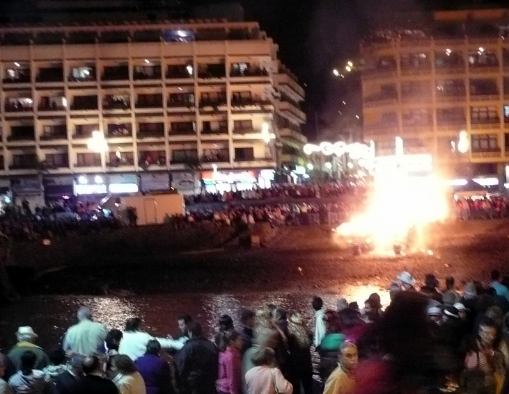 Entierro de la Sardine with the Sardine cremation on pyre in Puerto de la Cruz by its harbor.