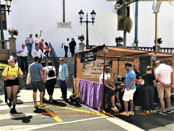 Feria de Artesania Los Realejos crafts in Tenerife in May in Avenida de Los Remedios