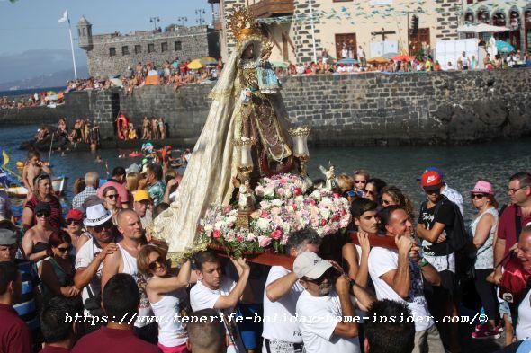 Fiesta del Carmen en el Muelle Puerto de la Cruz with la Chiquita