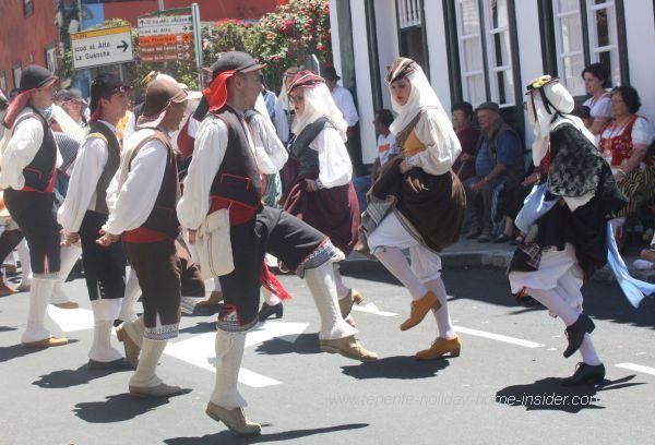 Folk dancers Tababaire Fuerteventura 2017 Romeria Los Realejos.