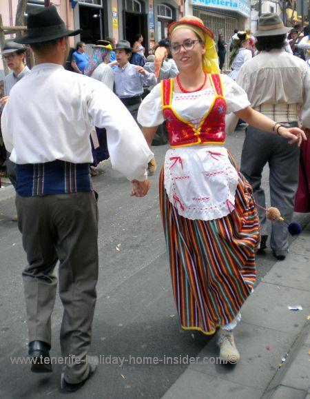 Folk dances in the street in La Orotava