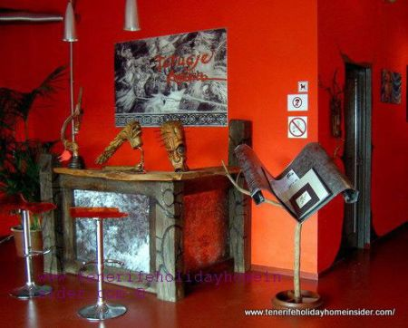gallery furniture at Manufactum art gallery Puerto de la Cruz Tenerife