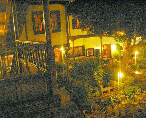 Hacienda atrium with balcony in its interior yard.