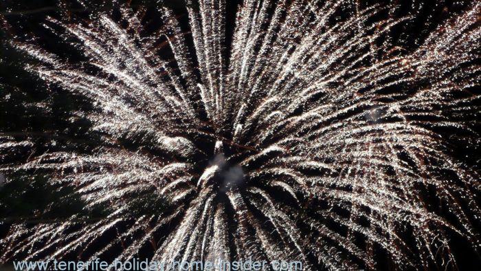 Happy new year 2017 to Arona fireworks of Los Cristianos.