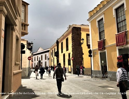 Information Center street view at La Carretera 7, Tel-922 63 11 94 or  922 60 89 63