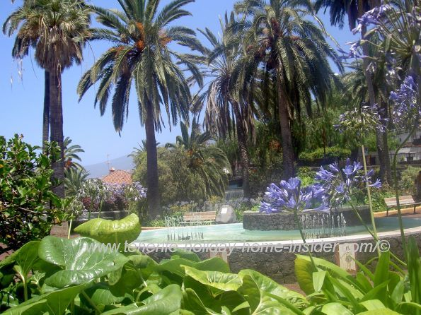 Jardin Atalaya with fountain below Parque Casino Taoro