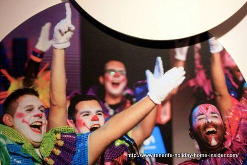 Joy meaning Alegria in Spanish by Zeta Zetas best performing Murga winners of 2017.
