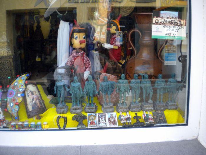 La Pintadera Canaria Tenerife Craftworks shop Calle Opispo Perez.
