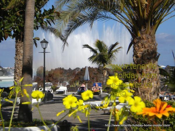Lago Martianez Tenerife with most spectacular fountain.