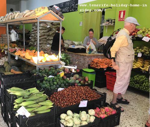 Living in Tenerife with El Agricultor a farmer shop in La Longuera Relealejos by Puerto de la Cruz