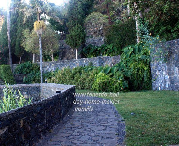Los Lavaderos landscaped terraces.