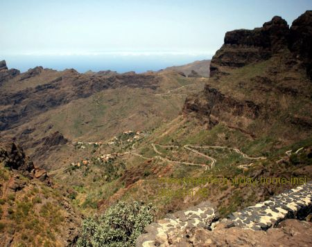 Masca hairpin bends seen from El Cherfe lookout