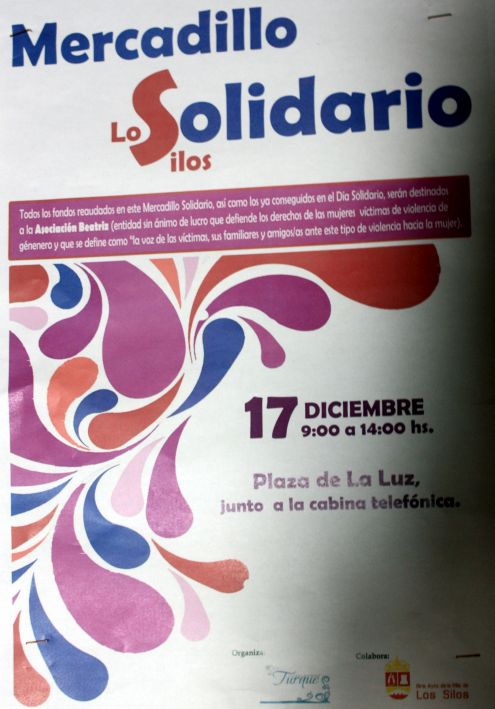 Mercadillo Solidario Los Sillos 2018 on Plaza de La Luz