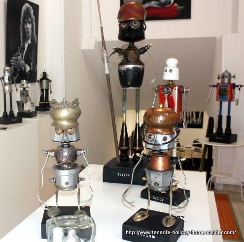 Metal crafts art exhibition