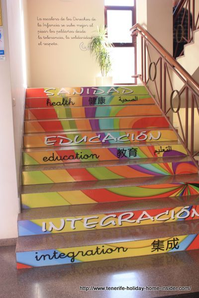 Multilingual inscriptions on yet another staircase to the town hall's upper floor.