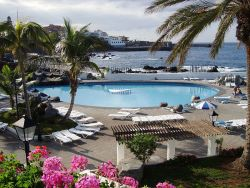 Natural  swimming pools Lido/Lago Martianez Tenerife