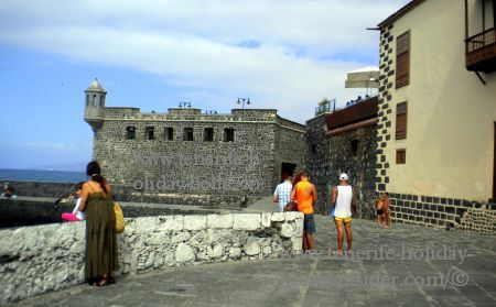Old fort by Casa Aduana Puerto de la Cruz.