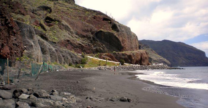 Playa las Gaviotas naturist beach behind Playa de las Teresitas.