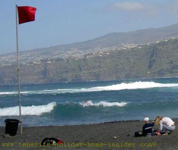 Martianez surfing Puerto Cruz Tenerife