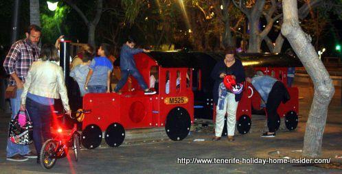 Plenilunio children fun on April 23 of 2016 by Plaza de España Santa Cruz de Tenerife